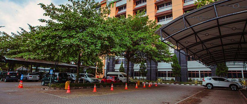 HOTEL BINTANG 3, DEKAT UGM DENGAN FASILITAS PARKIR LUAS